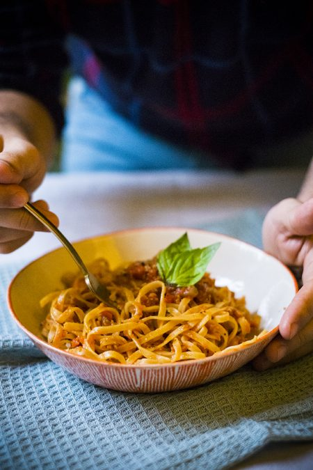 Fettuccine with vegan ragù
