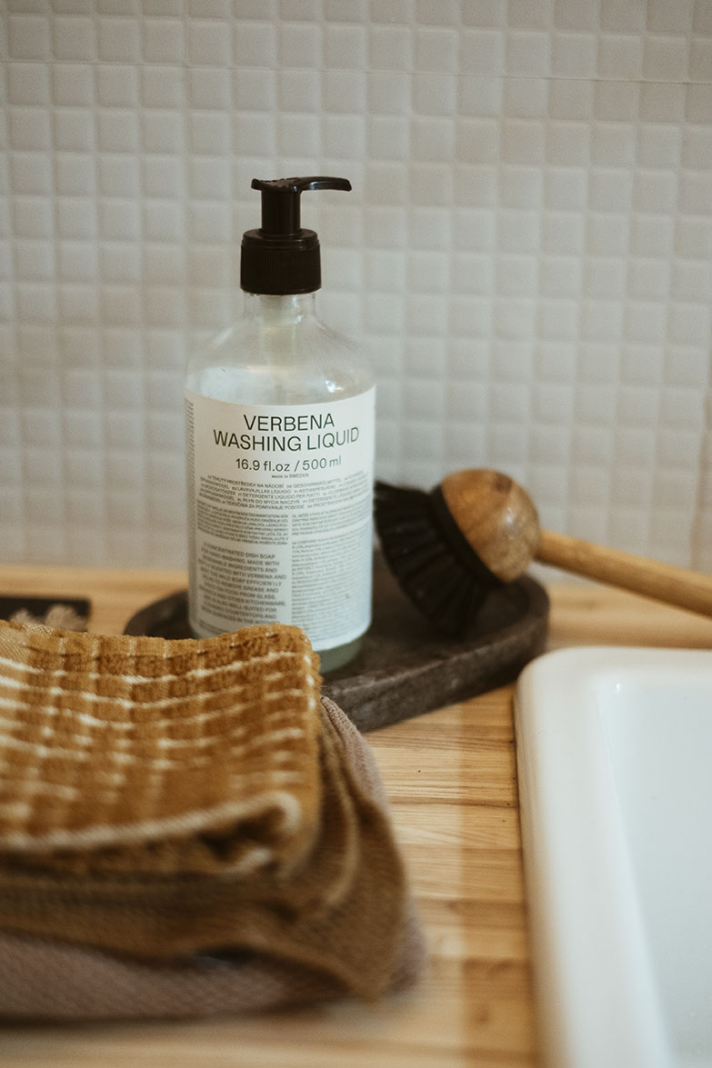 Arket Verbena washing liquid